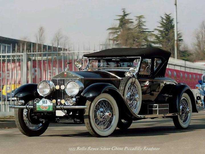 http://mesquita.blog.br/wp-content/uploads/2009/07/BL-PL-Autom%C3%B3veis-Mem%C3%B3ria-Rolls-Royce-Silver-Ghost-Piccadilly-Roadster-1923.jpg