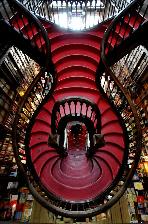 Livrarias,Blog do Mesquita,Portugal - Oporto Lello Bookstore 05