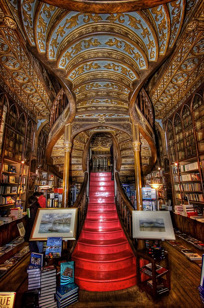 Livrarias,Blog do Mesquita,Portugal - Oporto Lello Bookstore. Along with Bertrand in Lisbon, it is one of the oldest bookstores in Portugal, Rua das Carmelitas 144