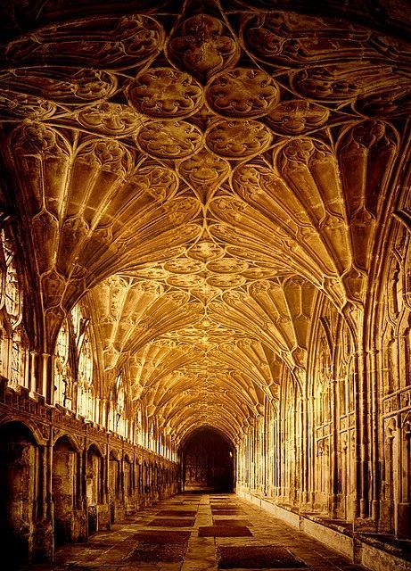 Arquitetura,Blog do Mesquita,Gloucester Cathedral, England