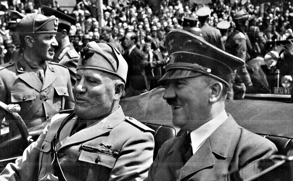 Mussolini,Hitler,Blog do Mesquita