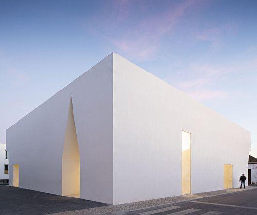 Arquiitetura,Corporate, Centro de Convívio de Grândola,Aires Mateus,Fotografia de Nelson Garrido