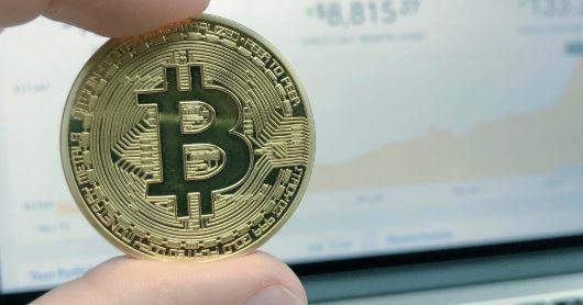 CriptoMoedas,Tecnologia,Bancos,Capitalismo,Bitcoins,Redes sociais,Economia,Internet